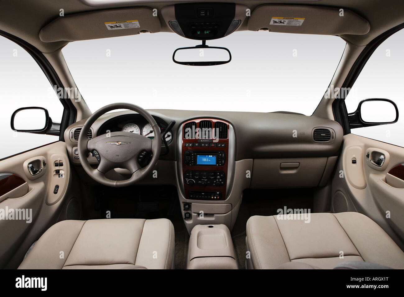 2007 chrysler town country limited in red dashboard. Black Bedroom Furniture Sets. Home Design Ideas