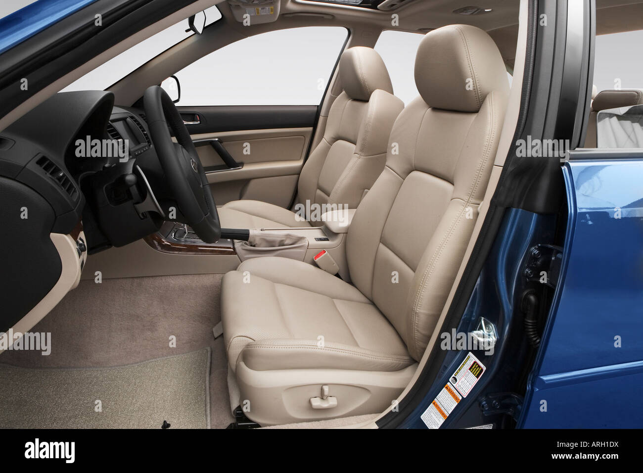 2008 subaru legacy 2.5 gt limited in blue - front seats stock