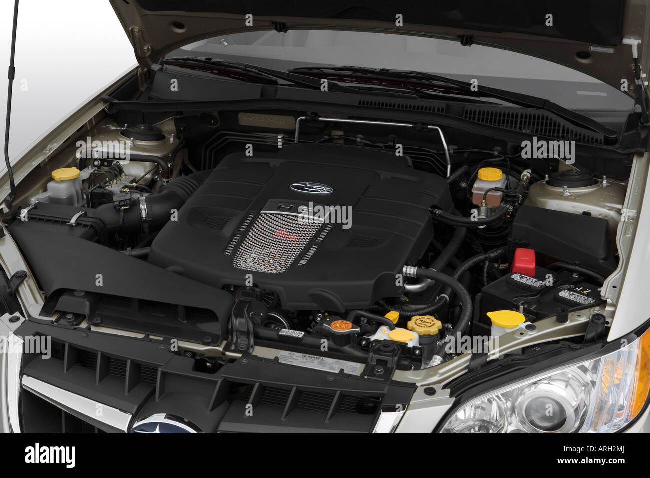 Subaru Ll Bean >> 2008 Subaru Outback 3.0 R L.L. Bean in Gold - Engine Stock Photo: 16054097 - Alamy