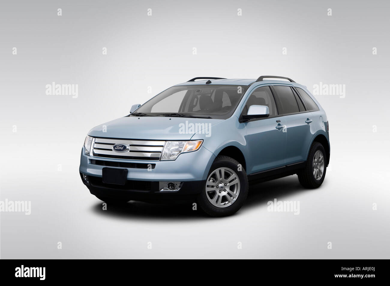 2008 ford edge sel in blue front angle view stock photo 16067297 alamy. Black Bedroom Furniture Sets. Home Design Ideas
