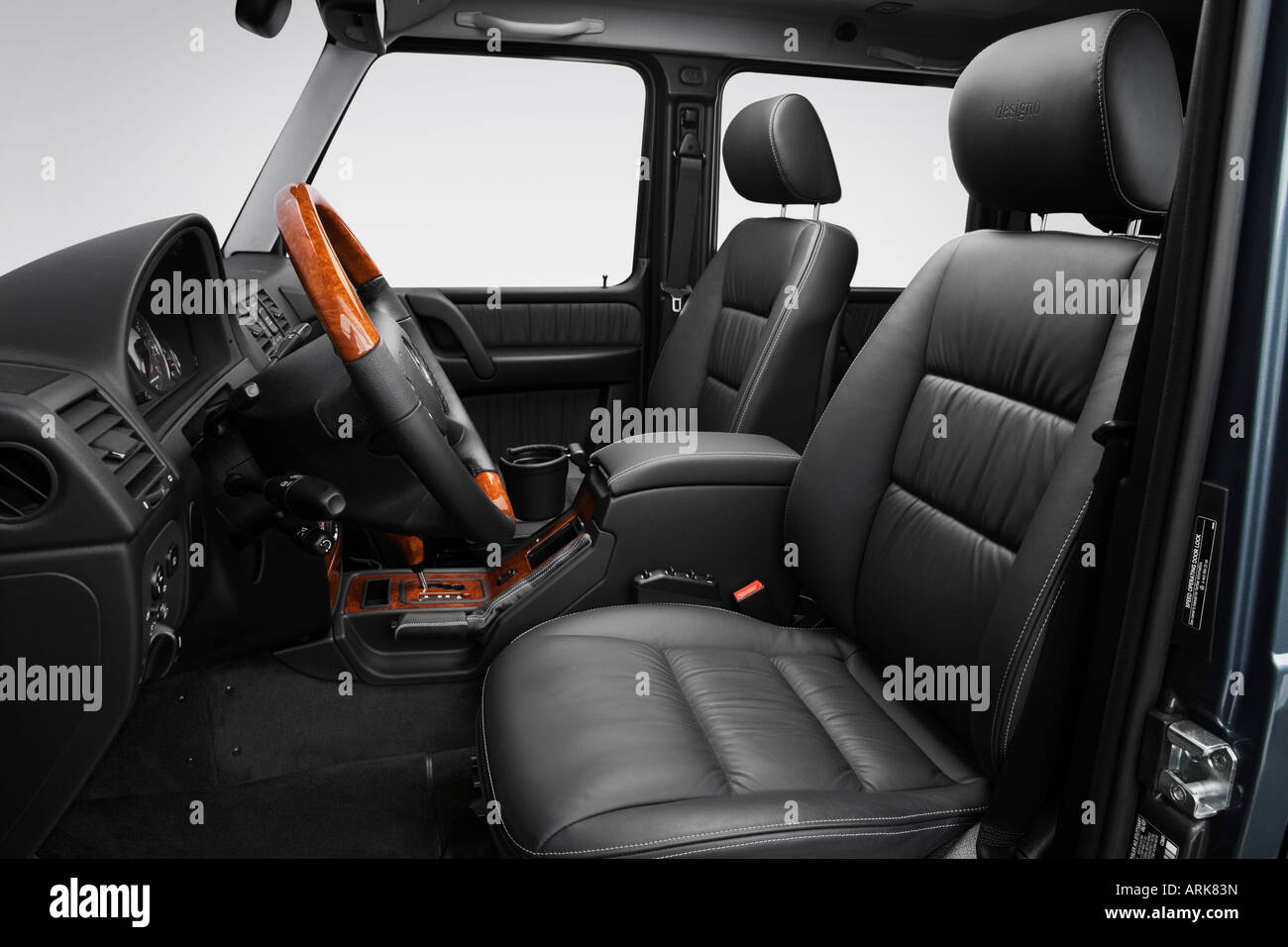 2008 mercedes benz g class g55 amg kompressor in gray front seats