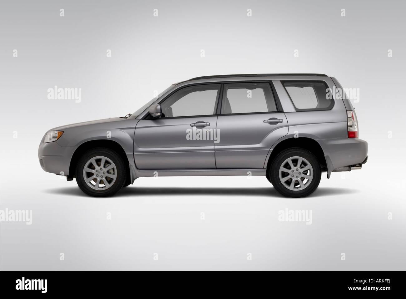 2008 subaru forester 2.5 x premium in silver - drivers side