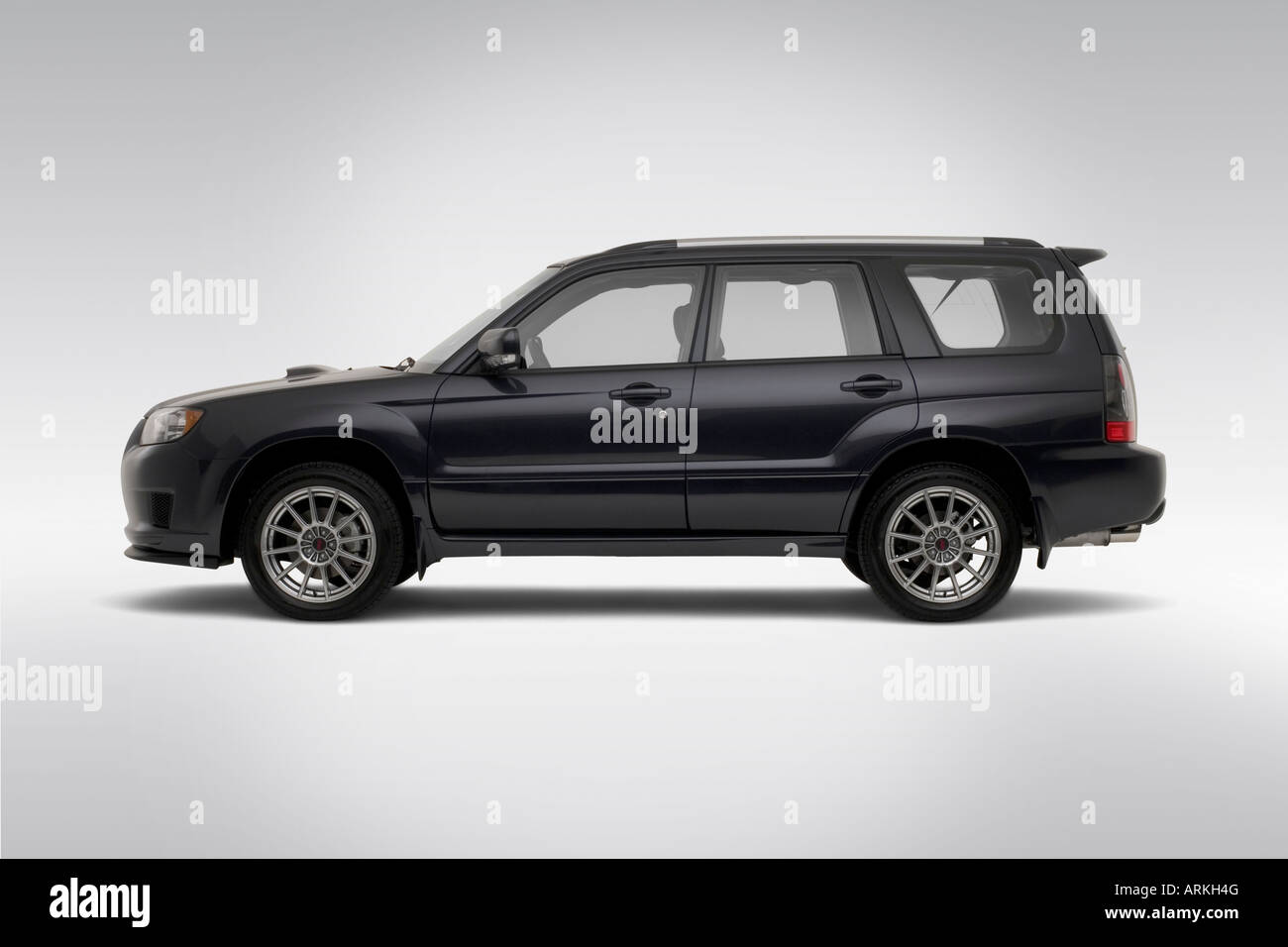2008 subaru forester sports 2 5 xt in gray drivers side profile