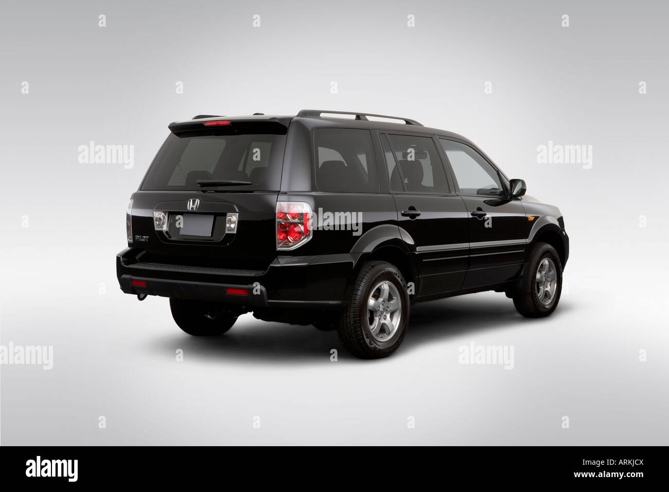 2008 honda pilot ex l in black rear angle view stock for Black honda pilot