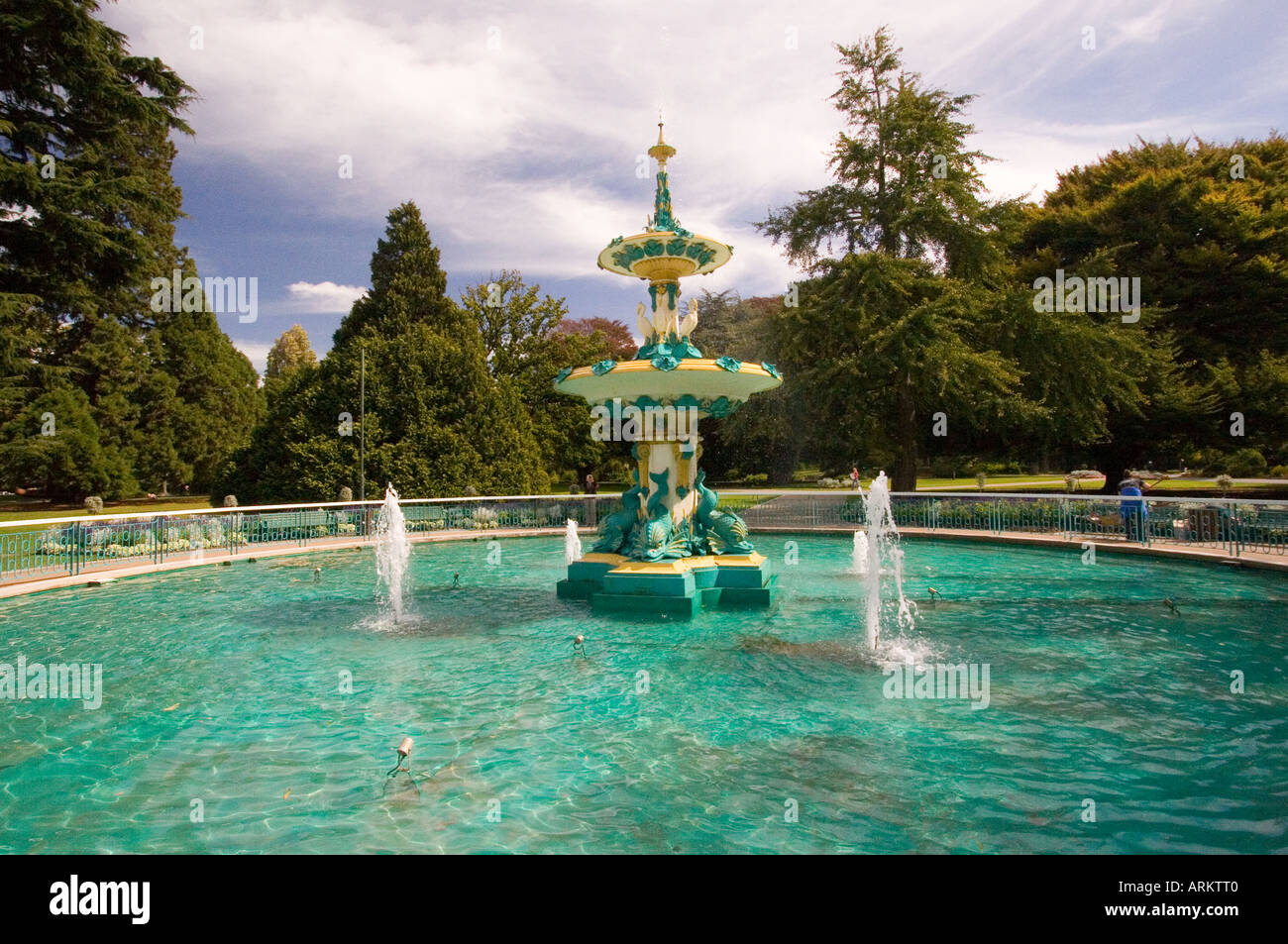 Water fountains outdoor new zealand - Stock Photo New Zealand Canterbury Christchurch Fountain In Botanic Gardens