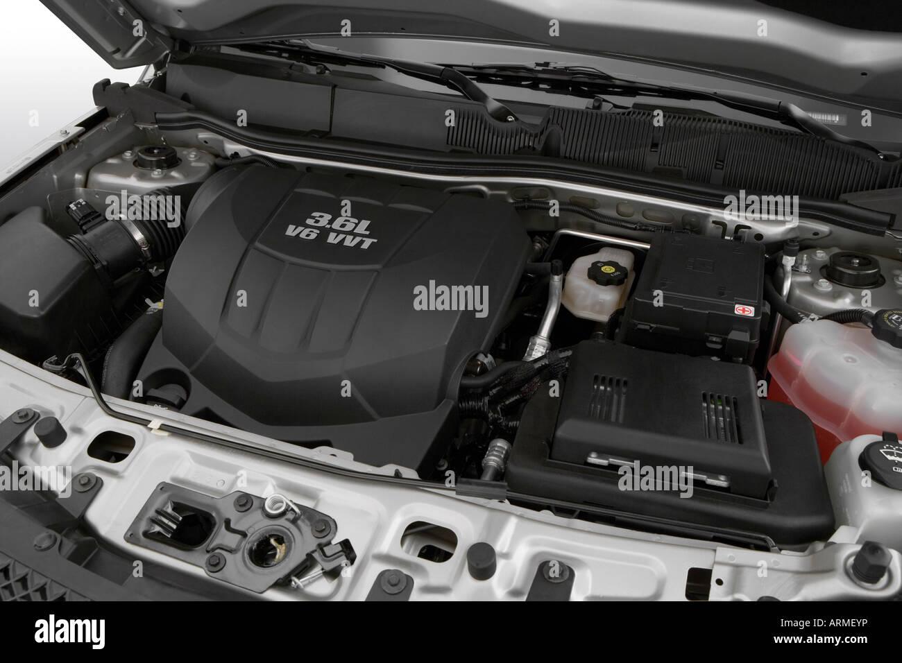 2008 Chevrolet Equinox Sport In Silver Engine Stock Photo