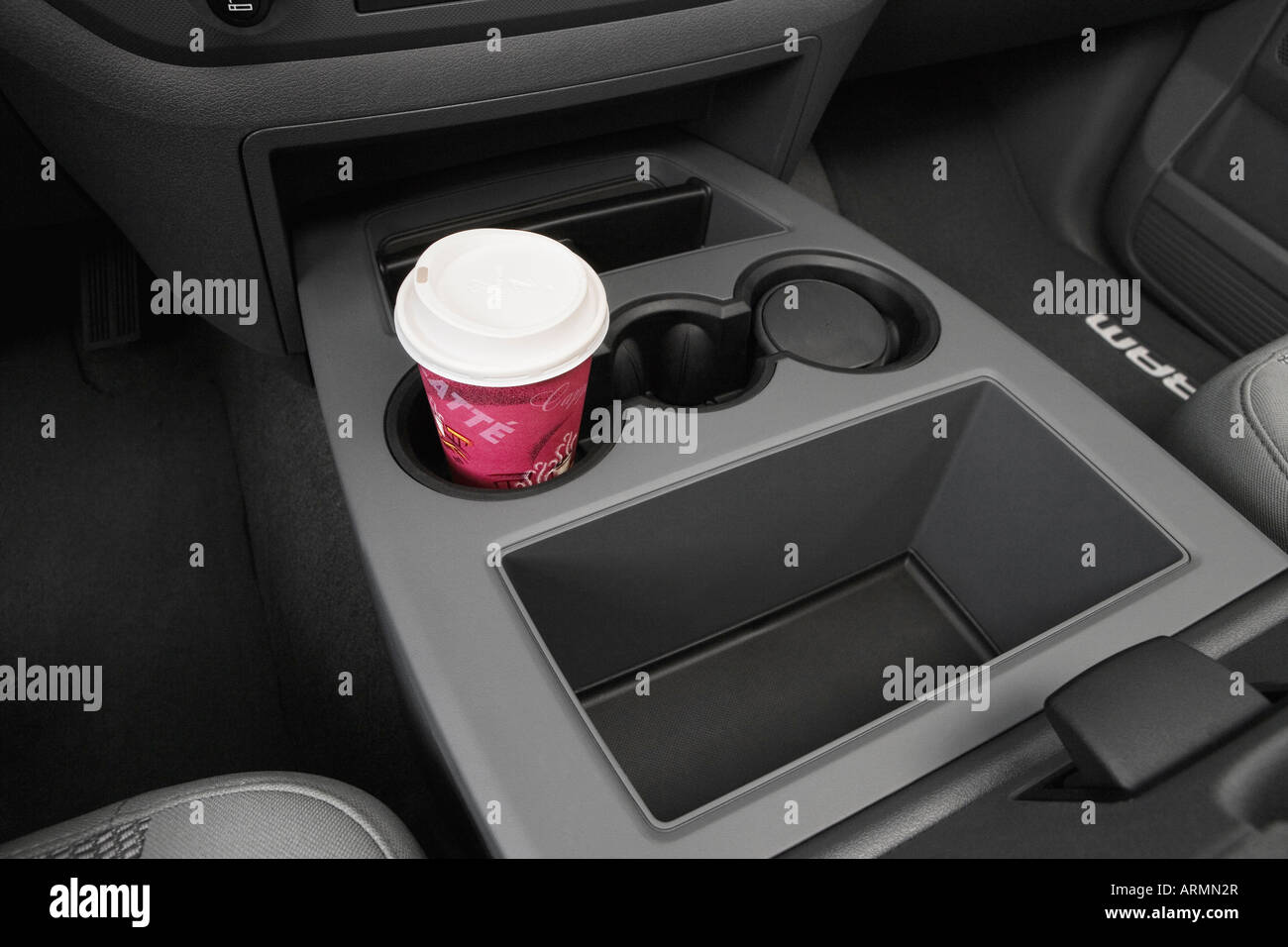 Dodge Ram Slt In Gray Cup Holder With Prop Armn R on 2008 Dodge Ram 3500