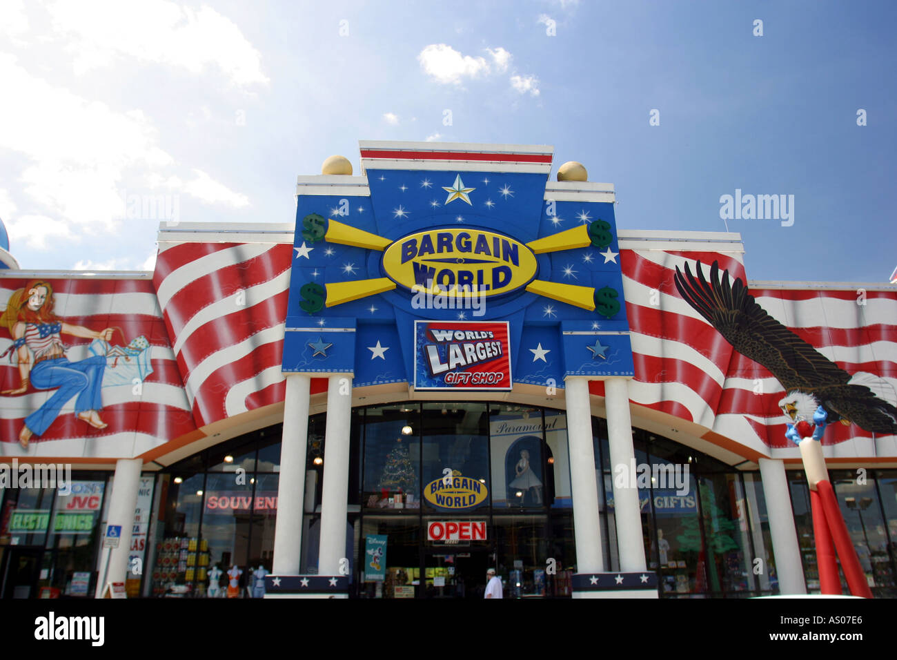 the worlds largest gift shop store in orlando florida usa Stock ...