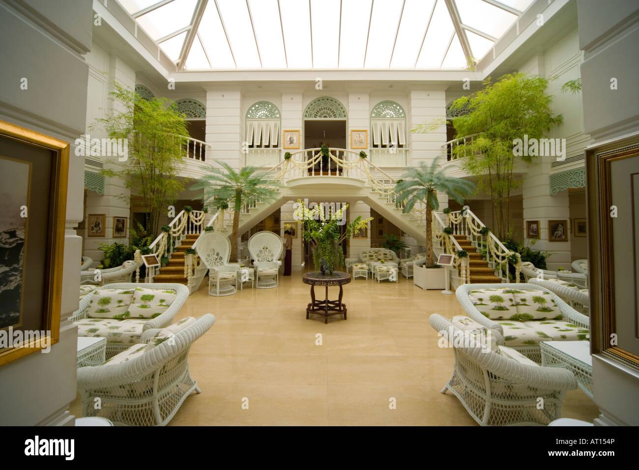 mandarin oriental hotel the legendary oriental bangkok. Black Bedroom Furniture Sets. Home Design Ideas