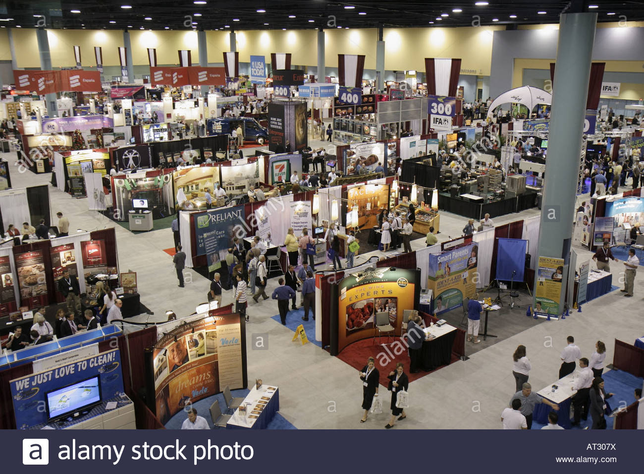 Trade Show Booth Vendors : Franchise expo trade show vendors business booth displays