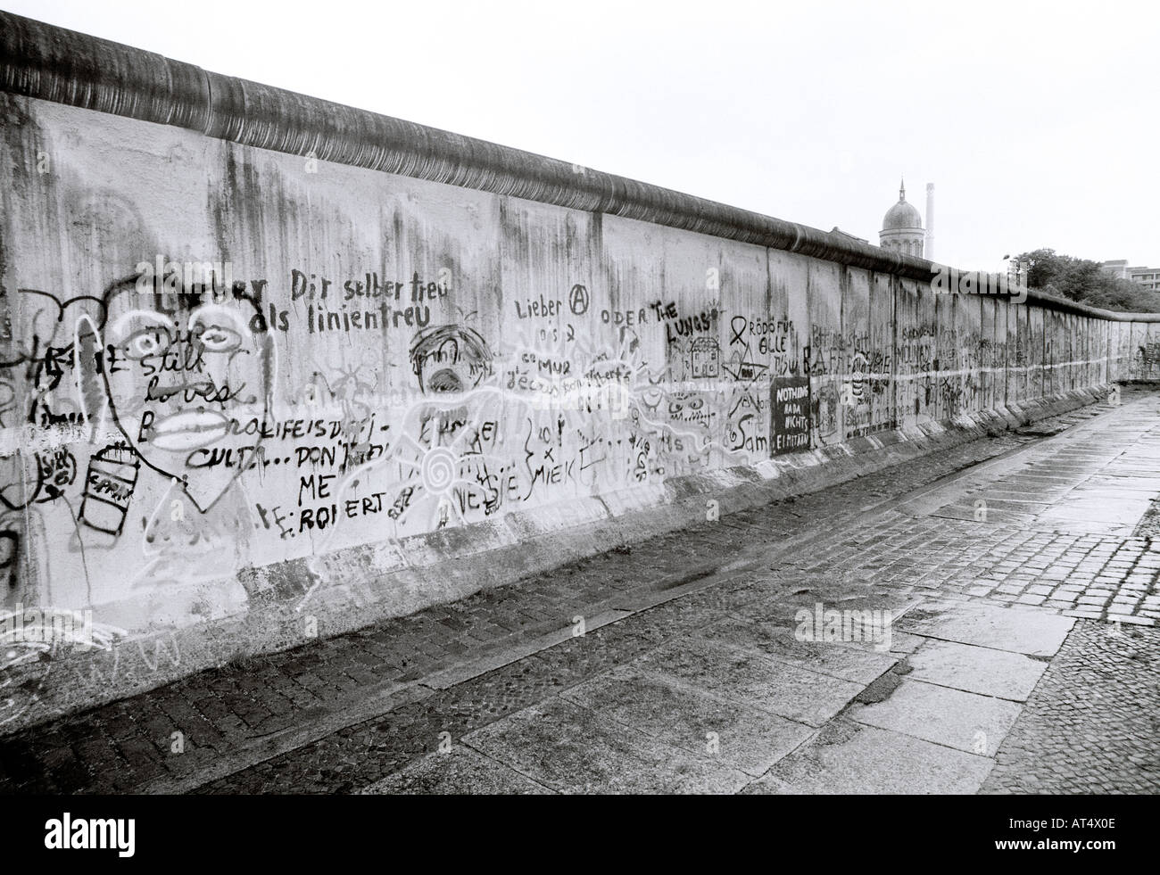 a history of berlin during the cold war Berlin wall cold war artwork cold war separation of berlin links to external sites will open in new browser windows and are not endorsed by the cold war.