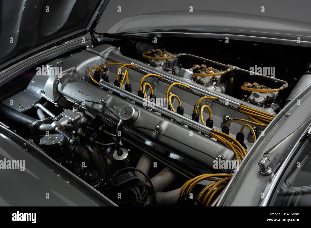 All Types aston db4 zagato : 1961 Aston Martin DB4 GT Zagato engine Stock Photo, Royalty Free ...