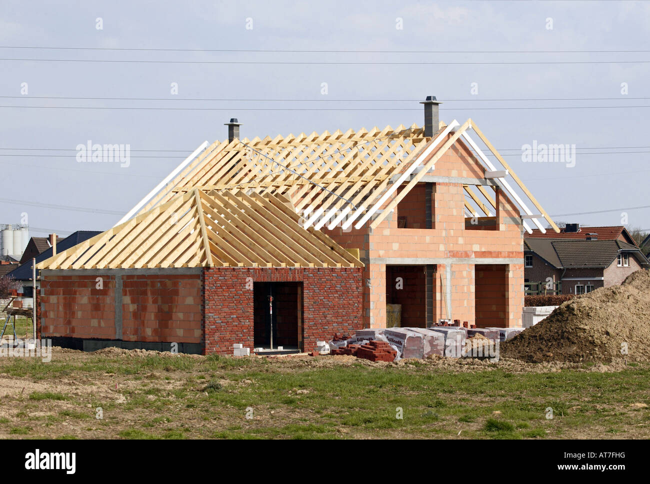 House in construction new home wood brick architecture for New home structure