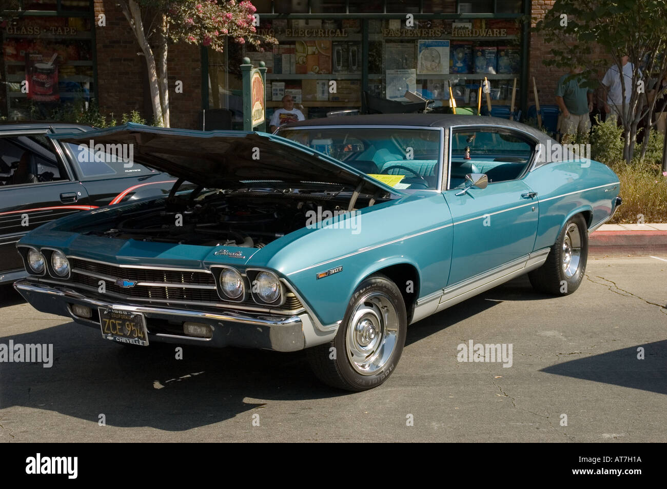 Los angeles california car show antique customized chevrolet chevy chevelle 1969 69 307 coupe 2 two