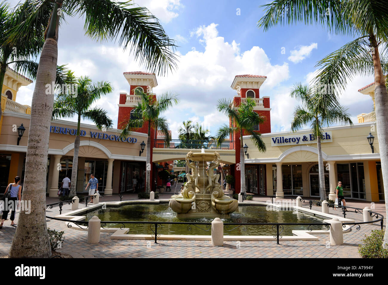 Miromar Outlets is a project of Miromar Development Corp, a multi-faceted real estate development company with a portfolio of residential and commercial properties including the nearby Miromar Lakes Beach & Golf Club and Miromar Design Center.4/4().