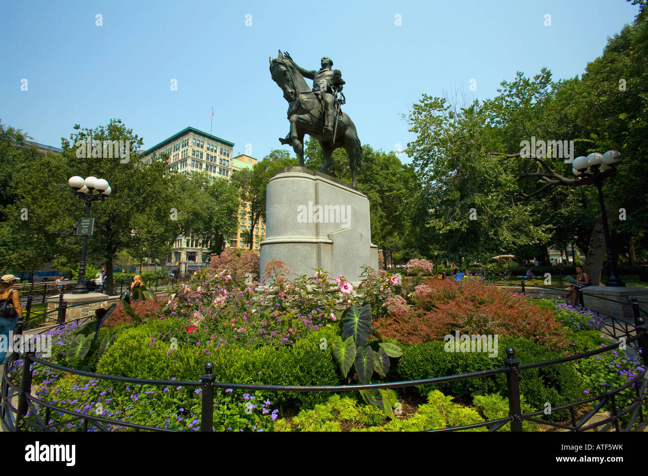 Union square park george washington statue created by for Flowers union square nyc