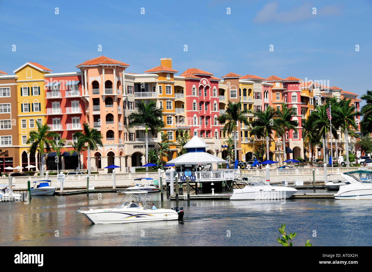 Oct 04, · Waterside Shops is a very nicely appointed group of upscale shops and restaurants. The common areas are beautiful and calming, with very nice sitting areas. The stores are all designer names/5(K).