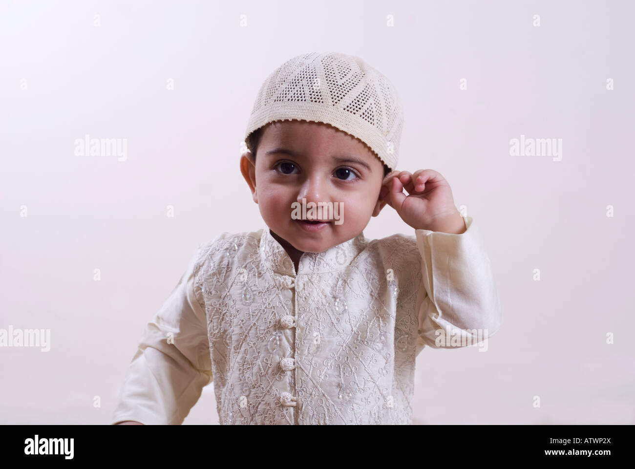 newborn muslim Muslims are still the largest single religious group to circumcise boys in islam circumcision is also known as tahara, meaning purification circumcision is not mentioned in the qur'an but.