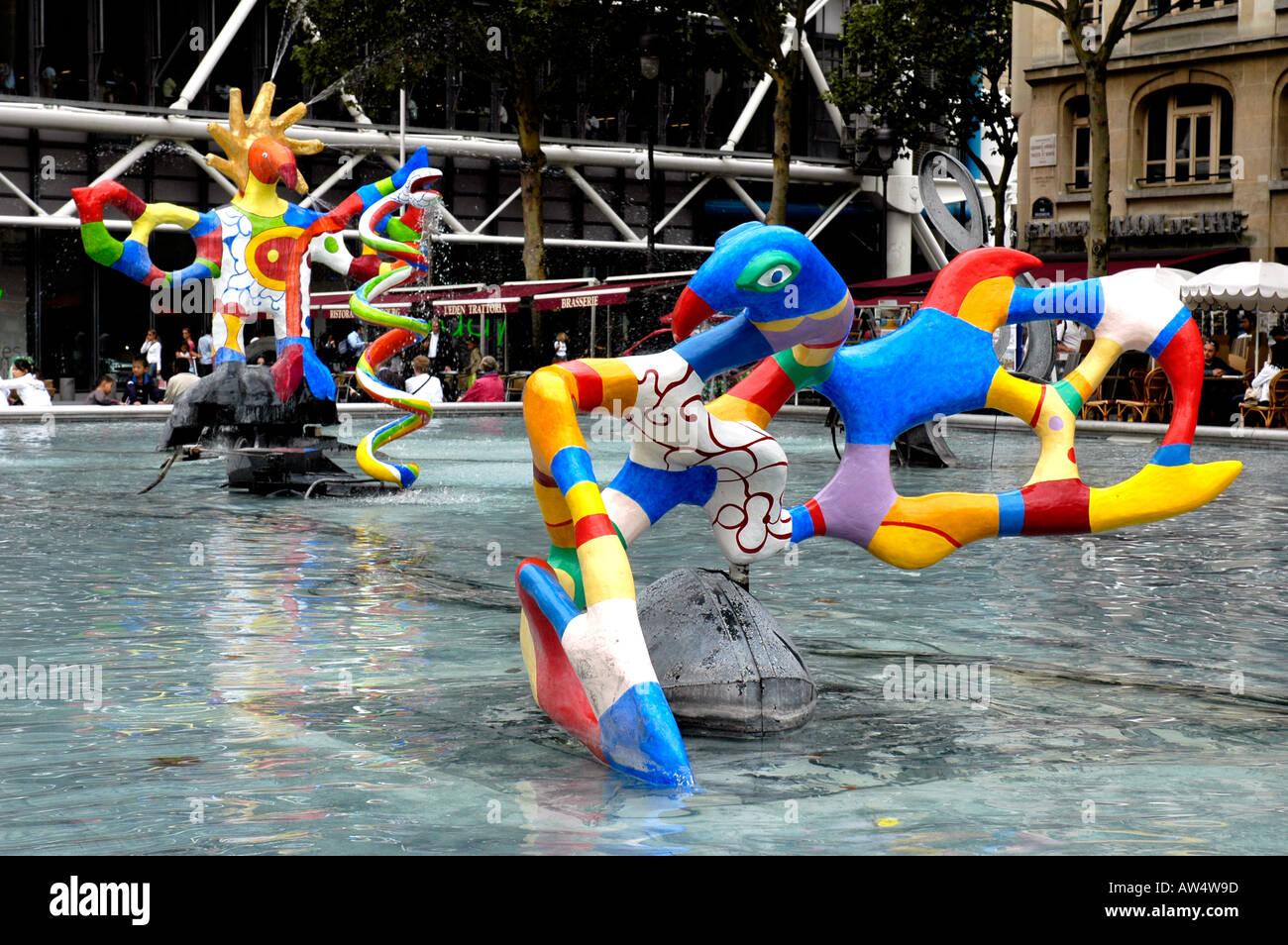 Stravinsky fountain by niki de saint phalle and jean tinguely stock photo ro - Fontaine beaubourg niki de saint phalle ...