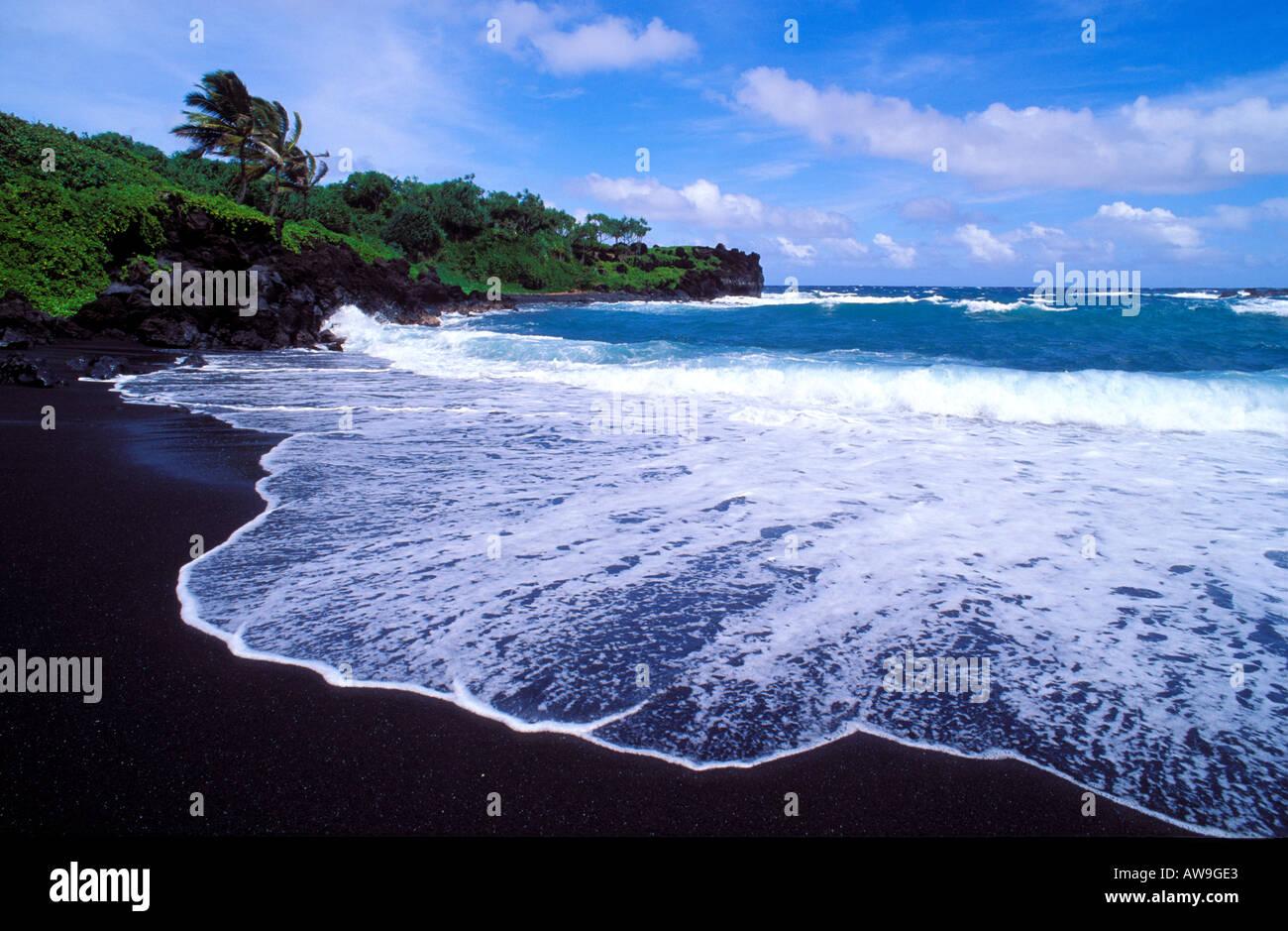 Black Sand Beach And Surf At Waianapanapa State Park Near
