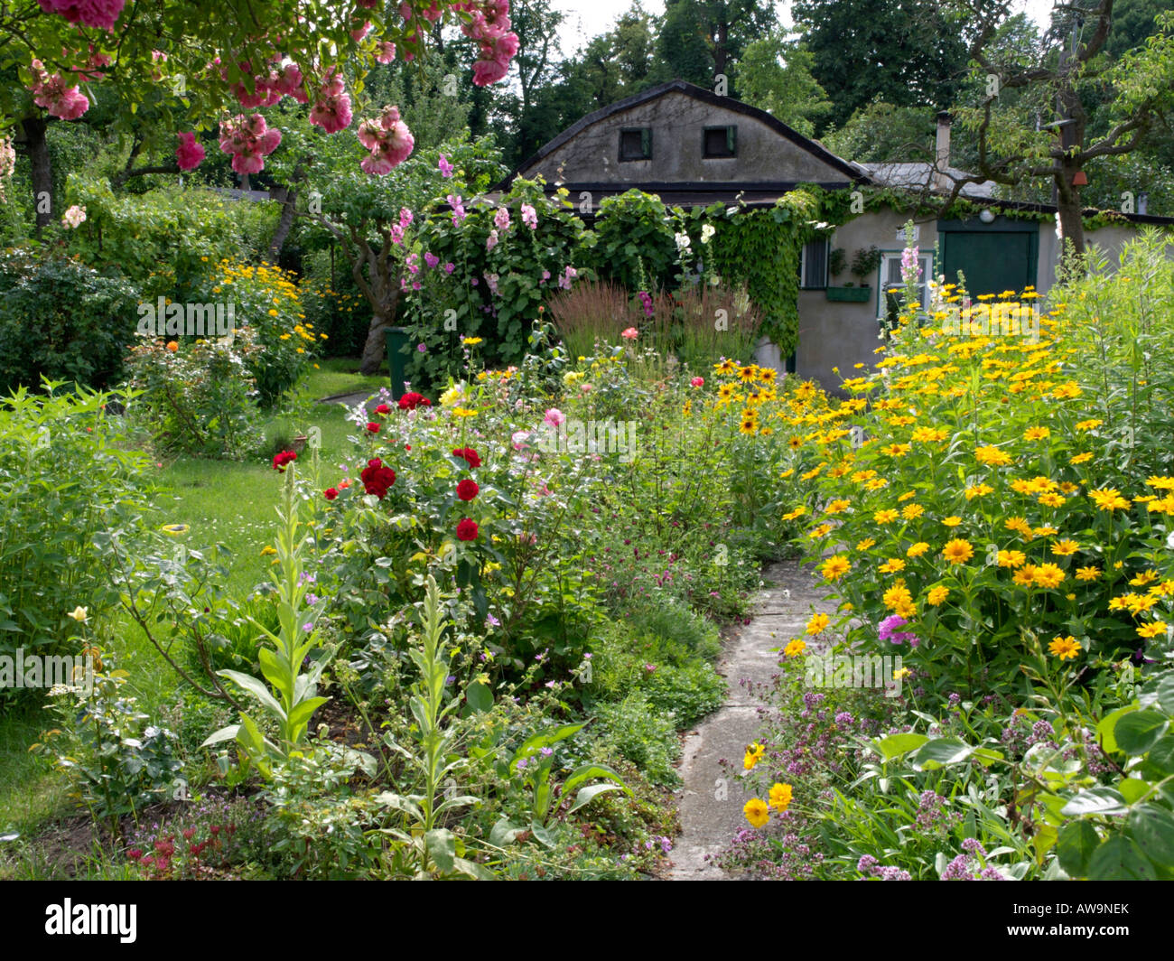 Old garden house - Allotment Garden With Old Garden House