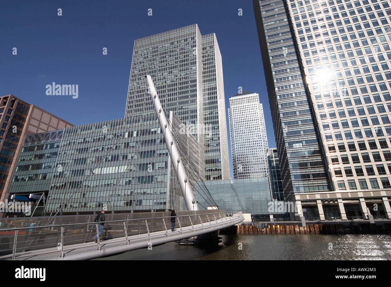 Steel Glass Buildings : Canary wharf tall modern office steel glass skyscraper