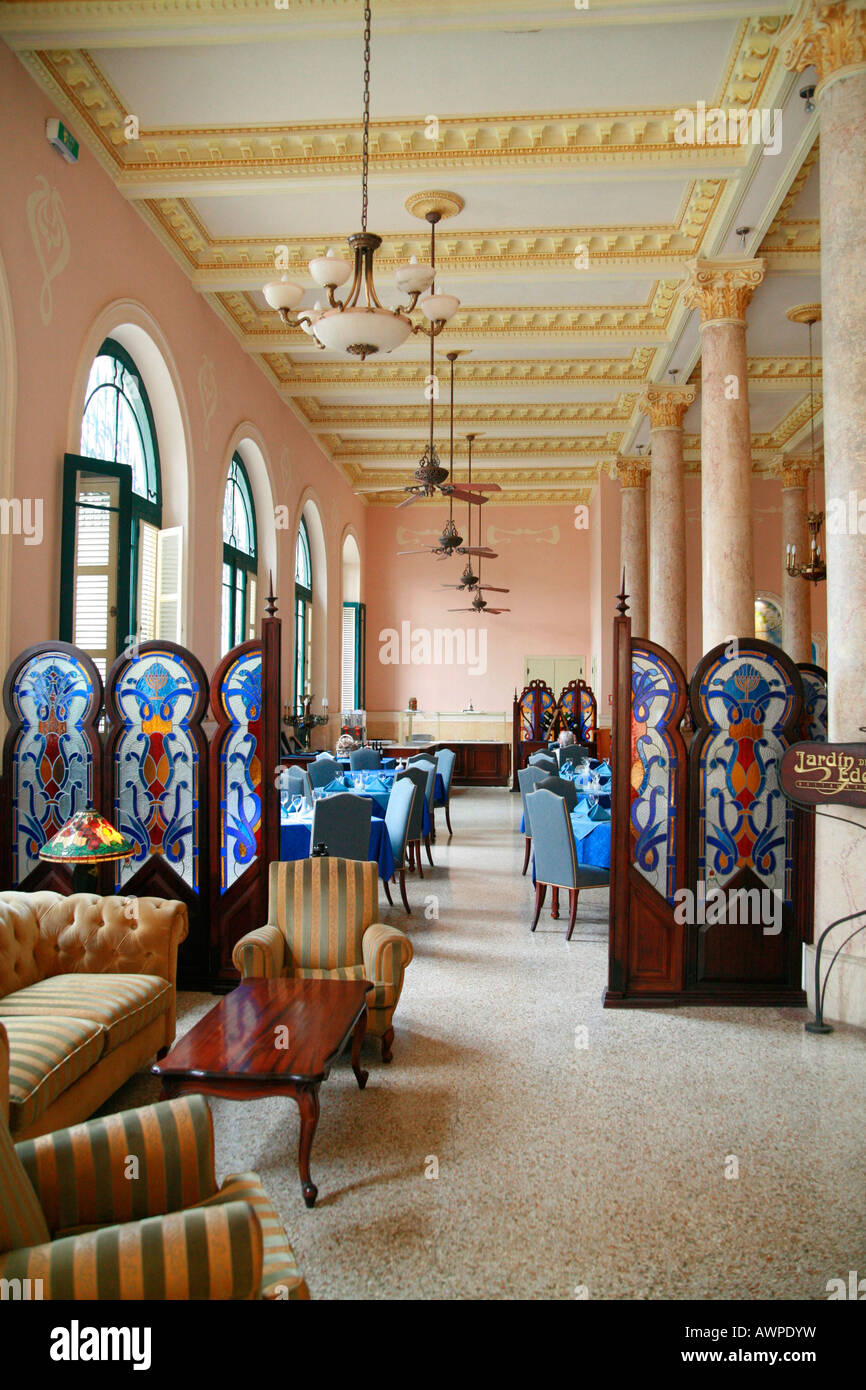 Interior of a colonial style hotel havana cuba for Design hotel kuba