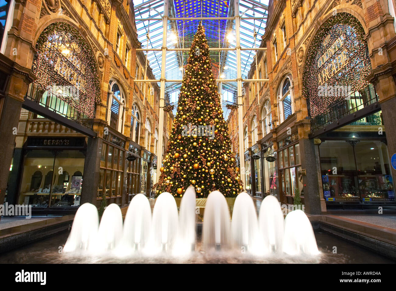 Fountain and Christmas tree in Victoria Quarter Shopping Arcade at ...
