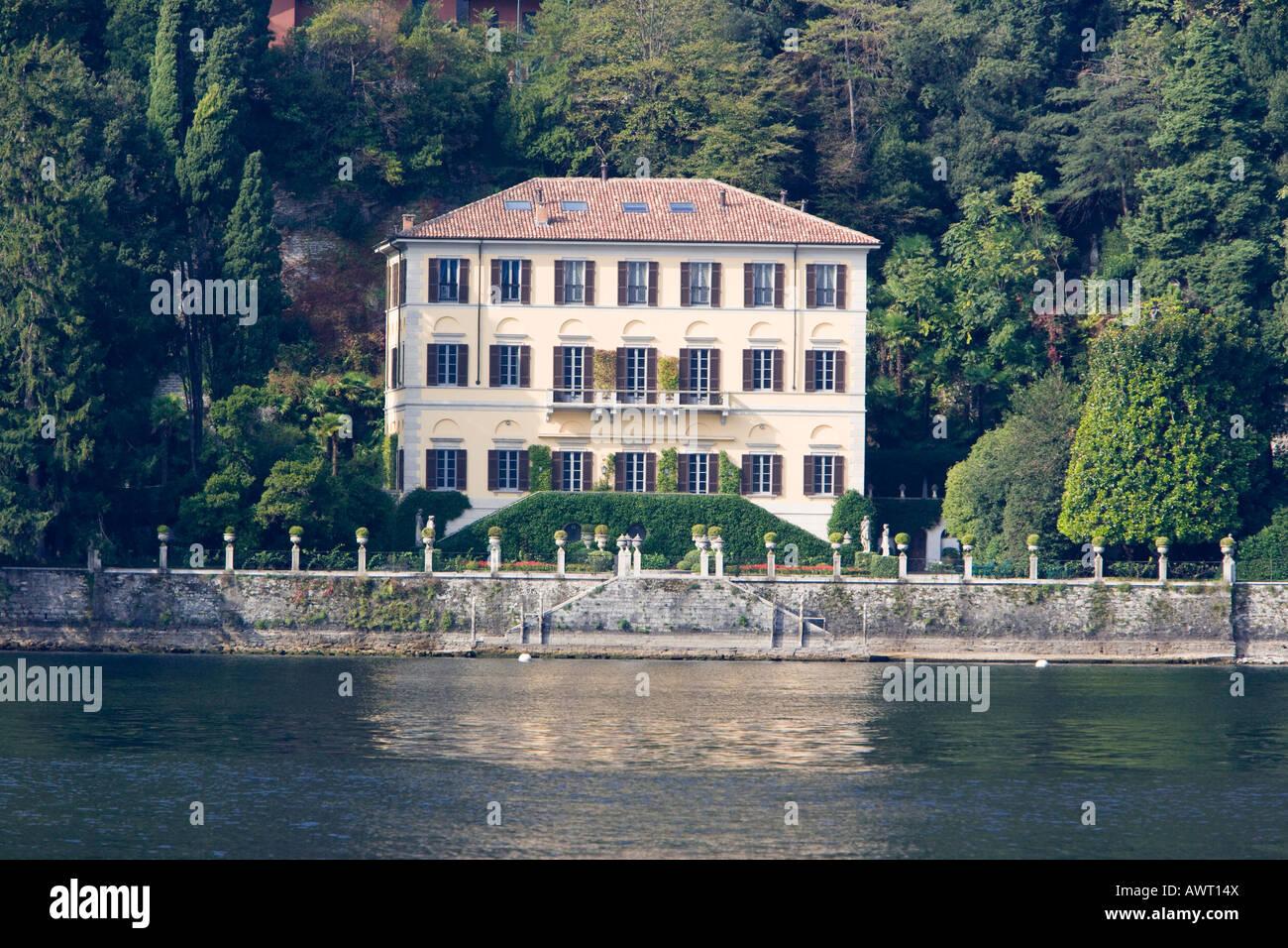 Donatella Versace Villa