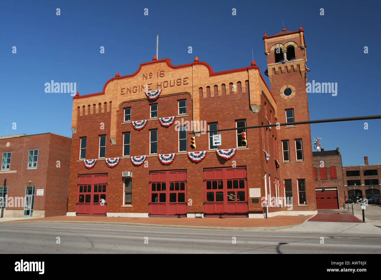 Number 16 engine house historic firehouse in columbus ohio for Number 16 house