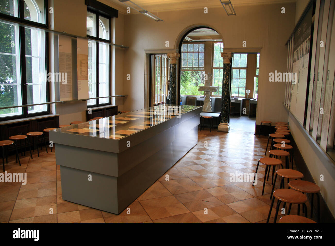 the meeting room in the wannsee villa berlin where reinhard heydrich stock photo royalty free. Black Bedroom Furniture Sets. Home Design Ideas