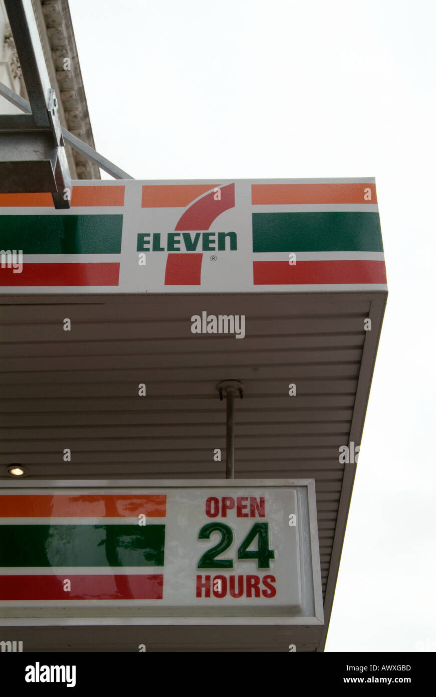 7 11 store seven eleven conveince store shop outlet long hours ...