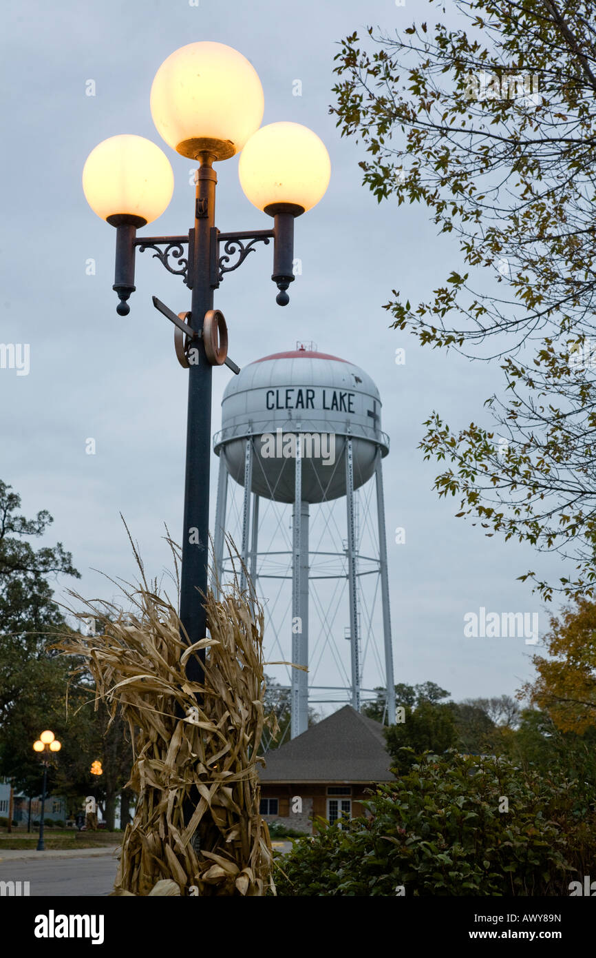 Water Lamps Street Lamps And Water Tower In Clear Lake Iowa Stock Photo