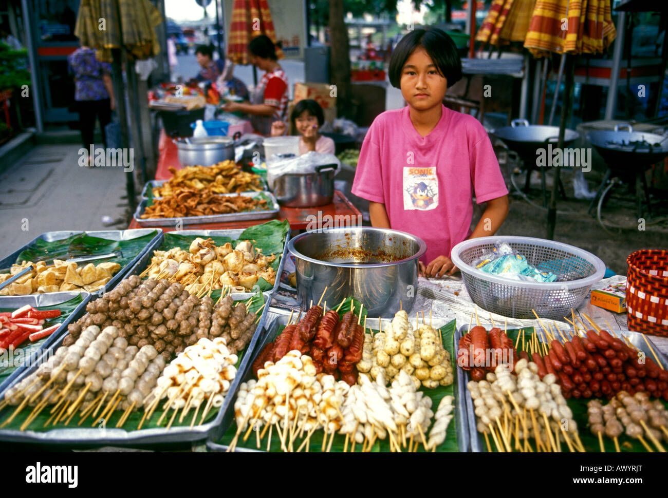 Thailand Vendors Selling Dirty Teens 118