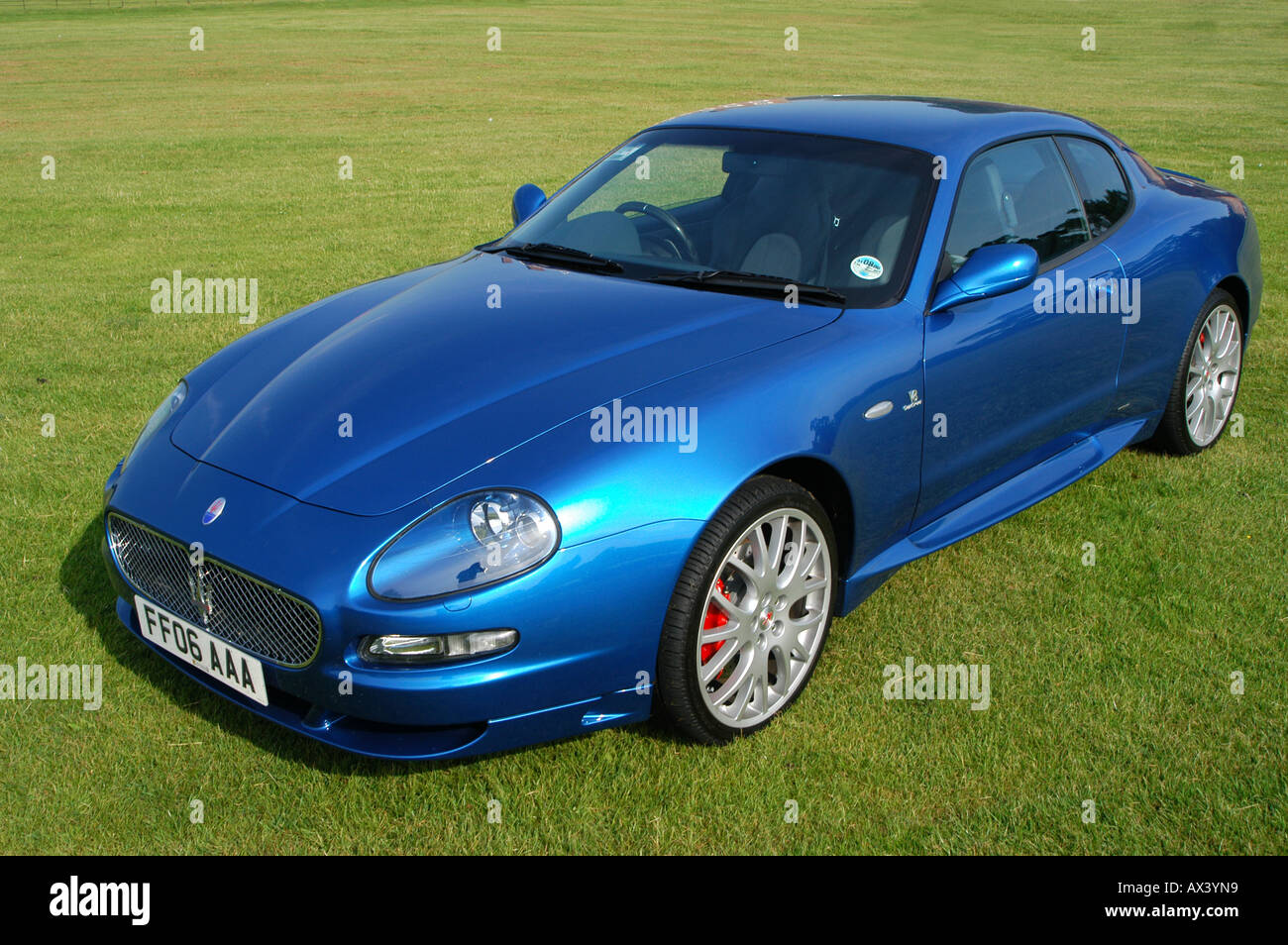 blue maserati coupe gt 2006 sports car stock photo royalty free image 9554840 alamy. Black Bedroom Furniture Sets. Home Design Ideas