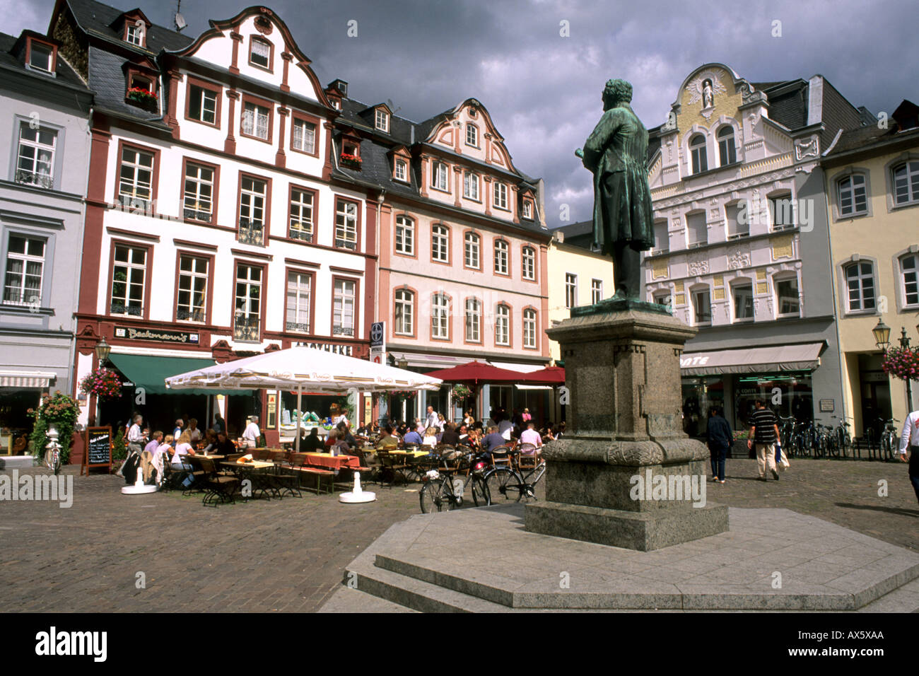 germany koblenz old town center with buildings cafes and statue of stock photo 5465769 alamy. Black Bedroom Furniture Sets. Home Design Ideas