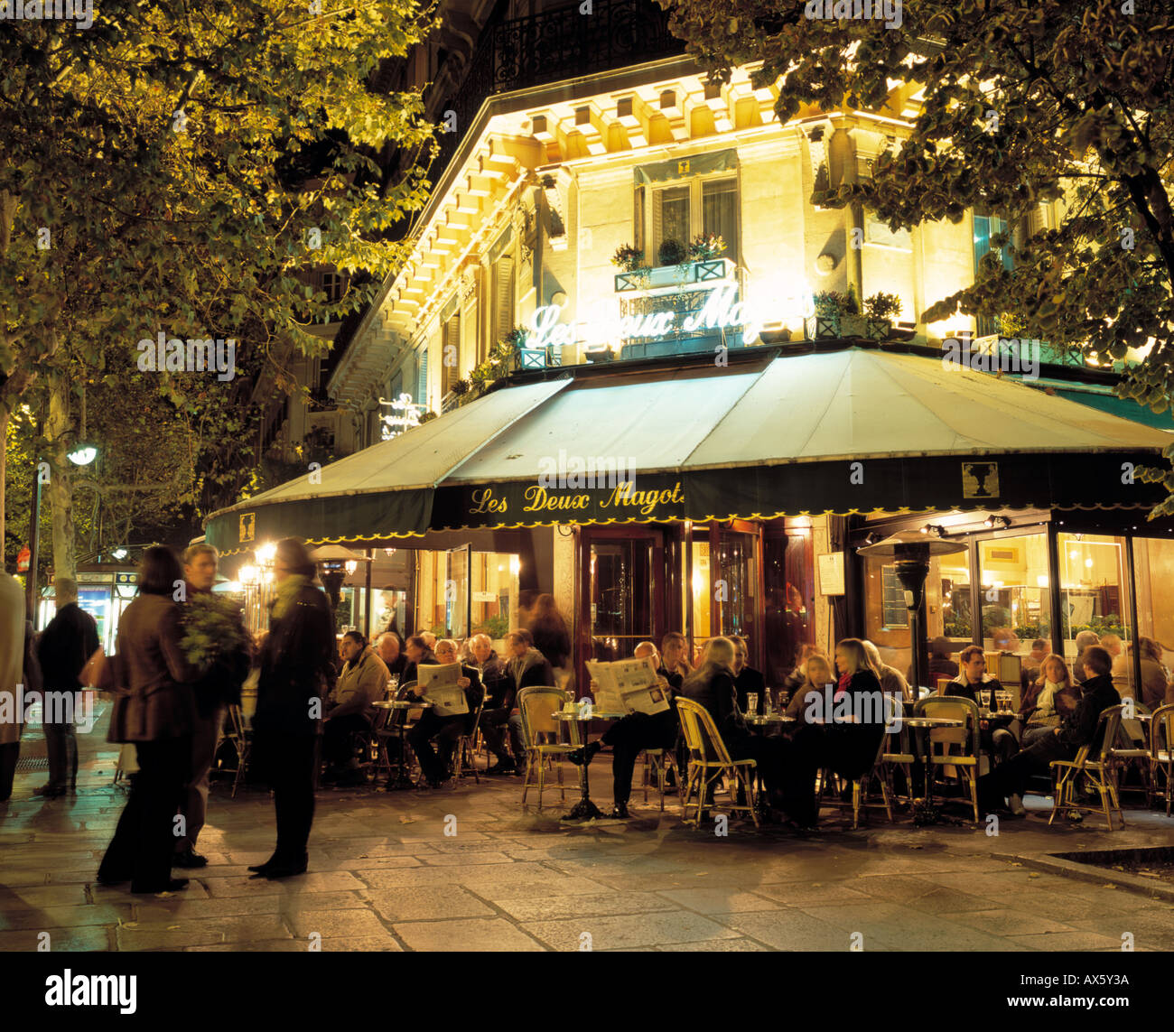 france paris st germain des pres cafe les deux magots boulevard stock photo royalty free image. Black Bedroom Furniture Sets. Home Design Ideas
