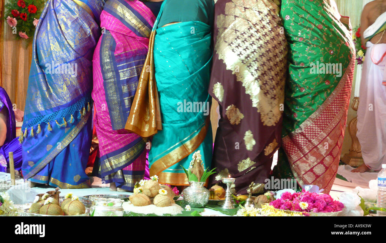 Indian Wedding Gift Bags For Guests : Guests at Indian wedding ceremony give gifts Stock Photo, Royalty Free ...