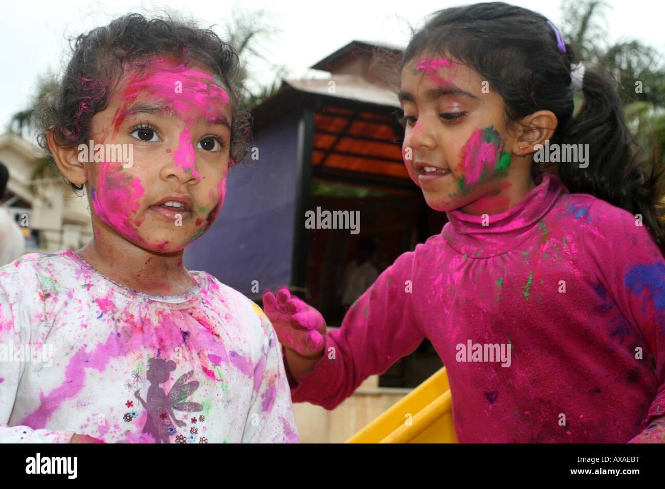 2 indian girls playing 8