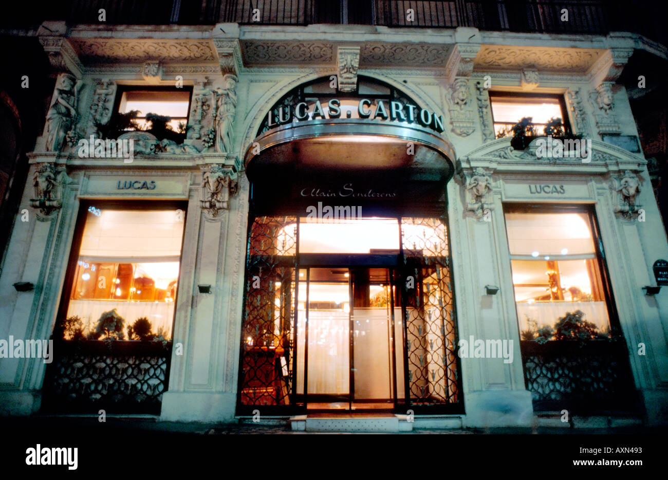 France paris french restaurant haute cuisine restaurant for Restaurant cuisine francaise paris