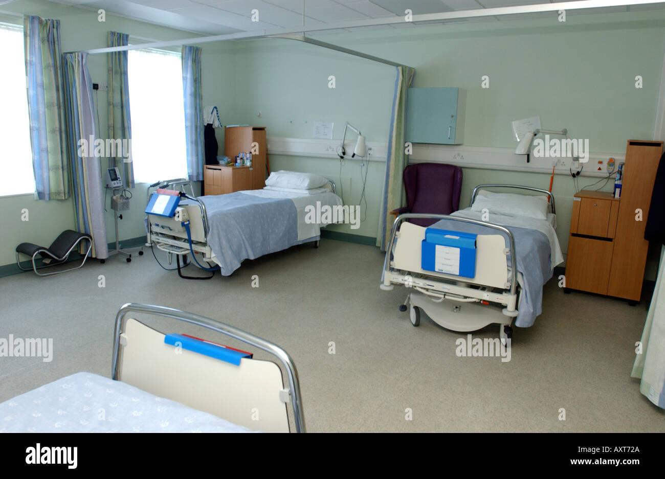 Empty Hospital Beds On A Ward Britain Uk Stock Photo