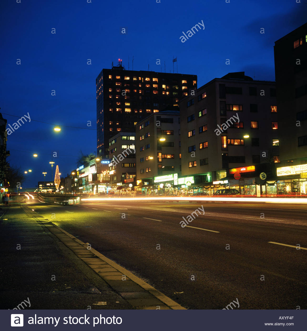 Street Lights At Night Related Keywords & Suggestions - Street Lights ...