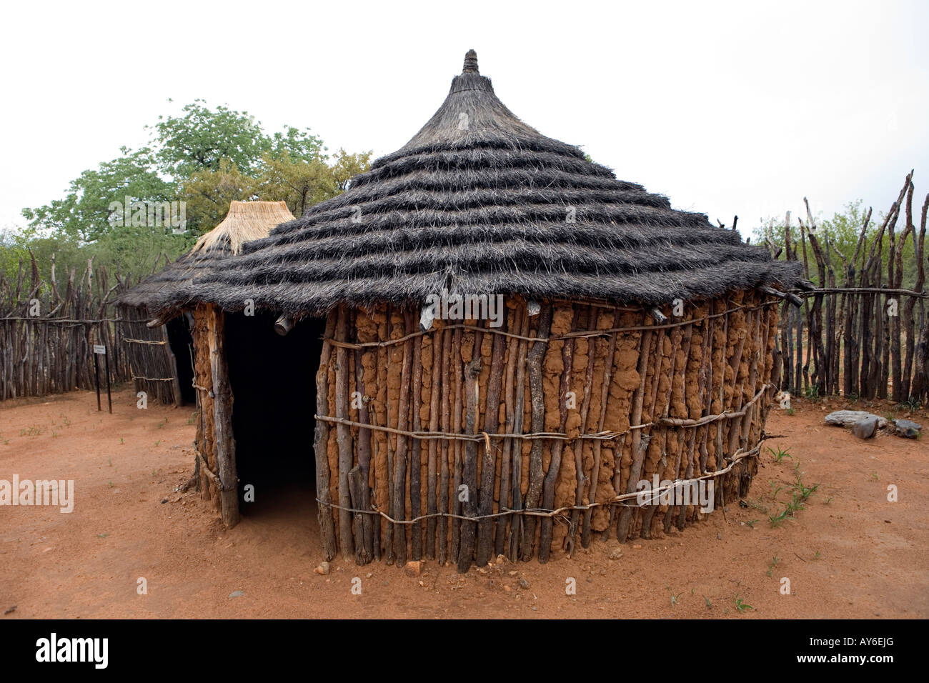Krasivyj Dizajn Odnoetazhnogo Derevyannogo Doma as well Establishment moreover South African Houses as well Stock Photo Himba Homestead In Tsumeb Cultural Village Open Air Museum In Namibia 17008311 besides Watch. on 14