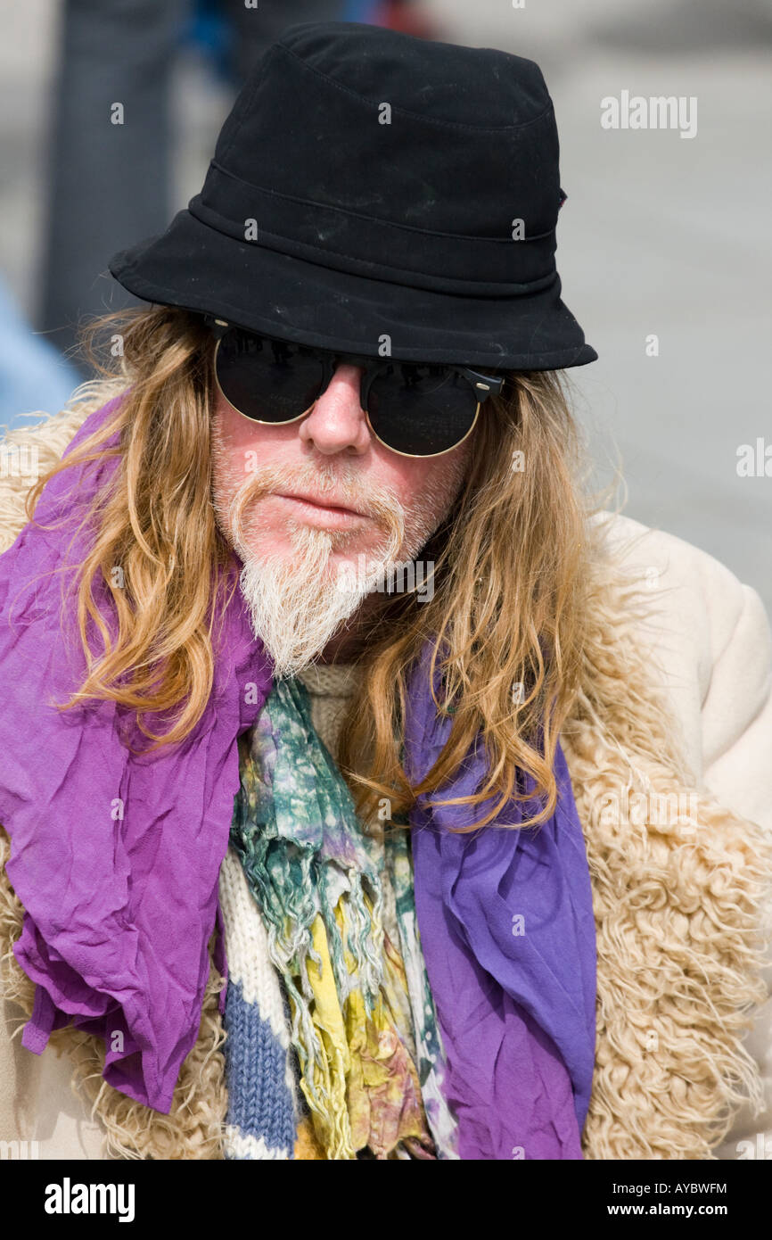 Incredible Hippie Man Stock Photos Hippie Man Stock Images Alamy Hairstyle Inspiration Daily Dogsangcom