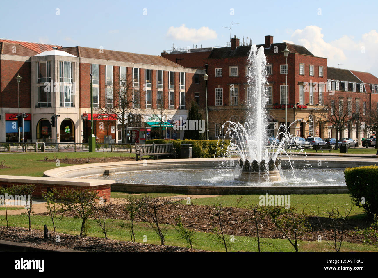 Landscape Welwyn Garden City : Water fountain welwyn garden city well laid out town