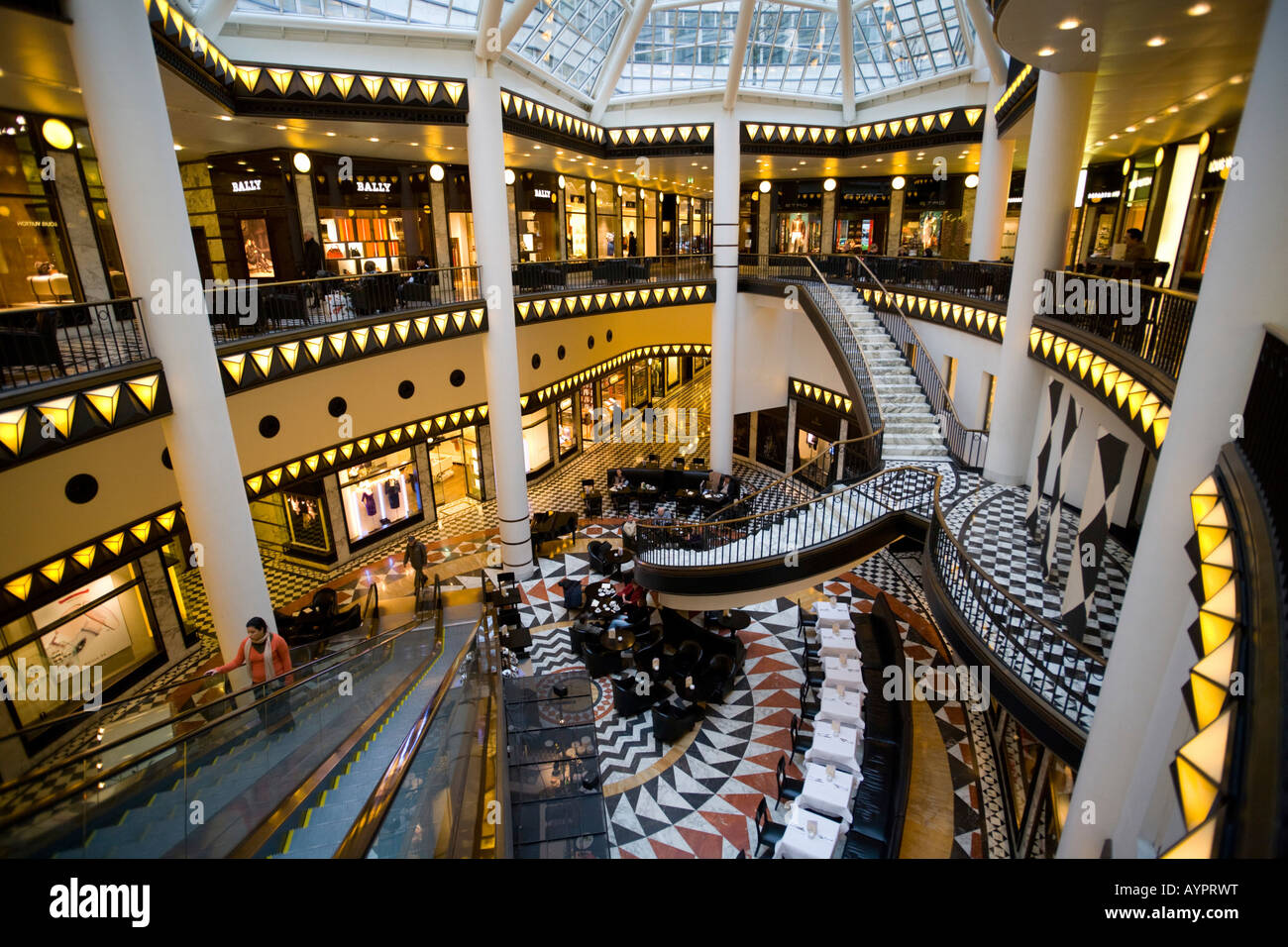 noble shopping center quartier 206 friedrichstrasse mitte berlin stock photo 17161955 alamy. Black Bedroom Furniture Sets. Home Design Ideas
