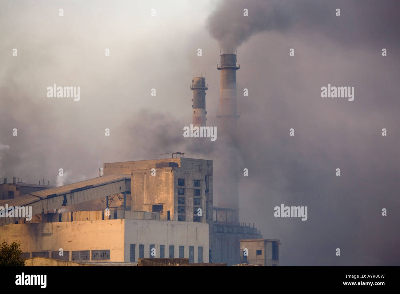 environmental pollution by cement factory Lawsuit against titan cement factory in alexandria for using coal, egyptian   found alexandria portland cement -titan guilty of causing environmental  pollution.