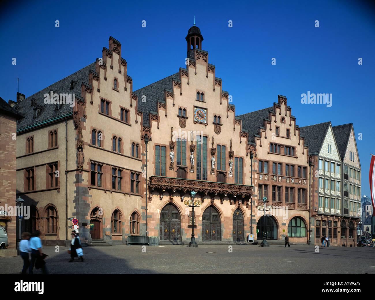 treppengiebel stufengiebel roemer in frankfurt am main hessen stockfoto lizenzfreies bild. Black Bedroom Furniture Sets. Home Design Ideas