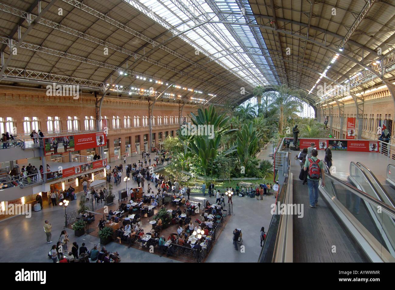 Image gallery renfe station for Oficinas de renfe en madrid