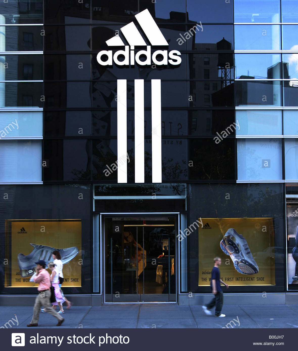 adidas factory outlet new york